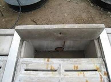 Bilden visar den extremt låga bygghöjden på prefab transformator grop utrustad med Axon breddningsfilter. Ingen hänsyn behöver tas till nederbörd